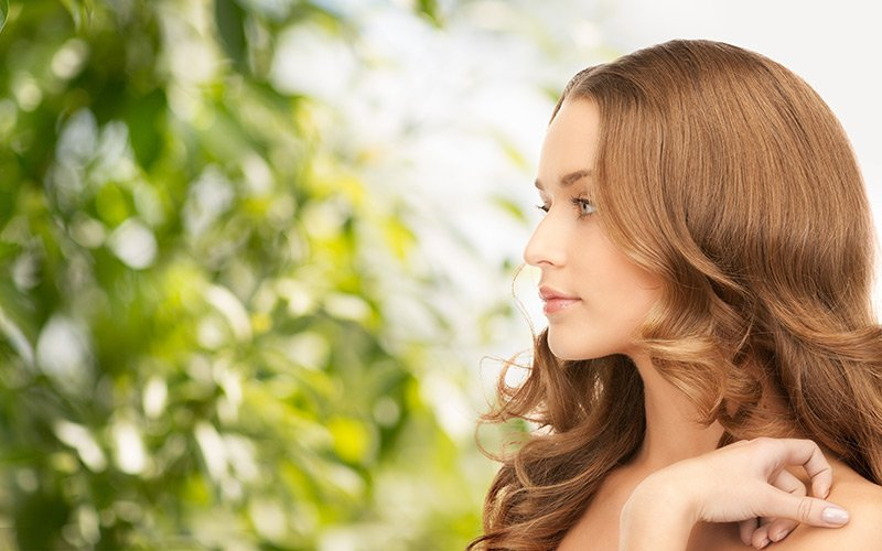 Le shampoing bio, l'allié des beaux cheveux